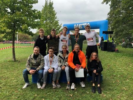 Sukcesy naszych biegaczy - Warszawska Olimpiada Młodzieży - biegi przełajowe